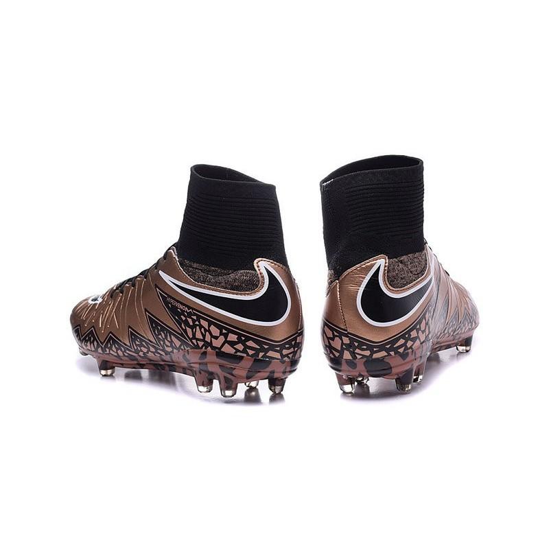 8068ca2a9739 Chaussures de Foot à Crampons Nike HyperVenom Phantom 2 FG Bronze Noir  Zoom. Précédent. Suivant