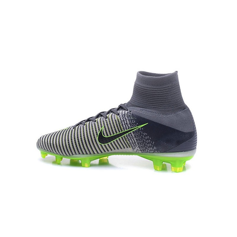 the latest d0447 70eea Chaussures a Crampons Nouvel 2016 Nike Mercurial Superfly V FG Girs Noir  Zoom. Précédent · Suivant