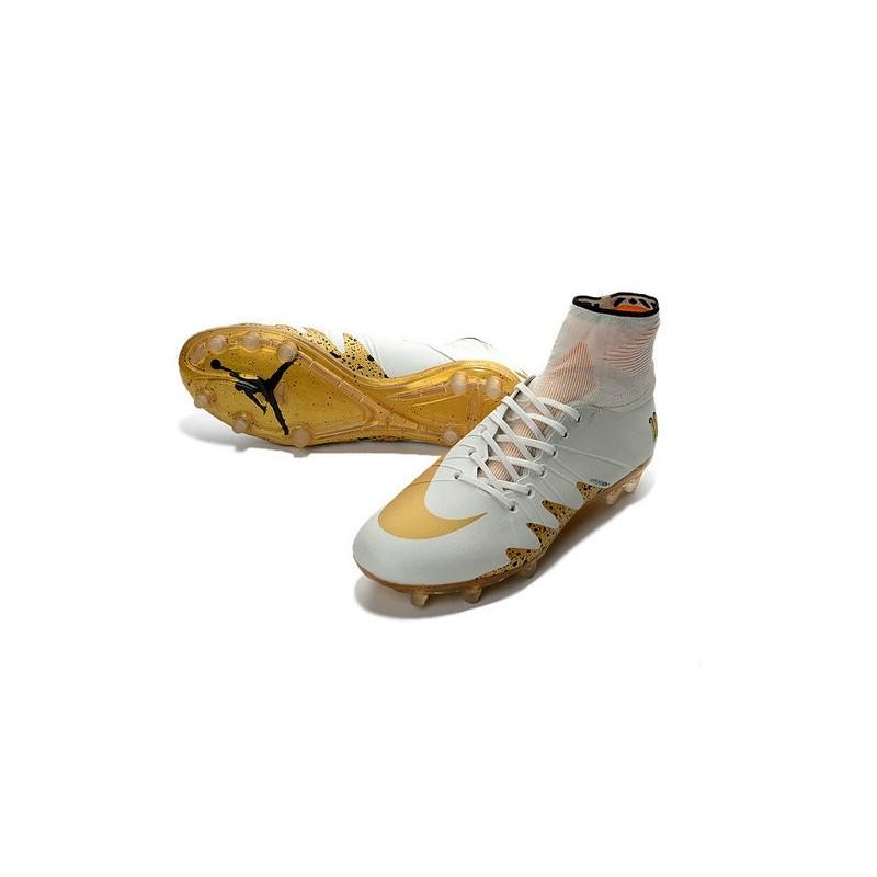 quality design 0b390 5526c Chaussures de Foot Nike Hypervenom II Phantom NJR X Jordan FG Blanc Or  Zoom. Précédent · Suivant