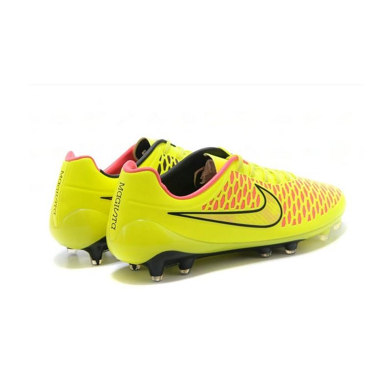 outlet store 62567 67c98 Nike Magista Opus FG Chaussure de Sport Homme Jaune Rose