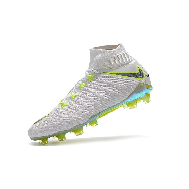 wholesale dealer d248b a5491 Crampons de Foot 2018 Nike HyperVenom Phantom III DF FG - Blanc Gris Zoom.  Précédent. Suivant