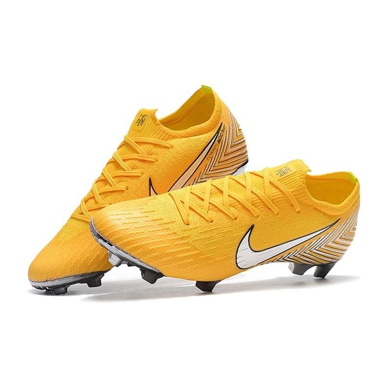 buy online 9c990 2ae0c Coupe du Monde 2018 Neymar Crampons Nike Mercurial Vapor XII