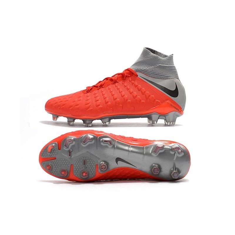 lower price with d2c2c c8c6c Crampons de Foot Nike HyperVenom Phantom III DF FG - Rouge Argent Zoom.  Précédent · Suivant